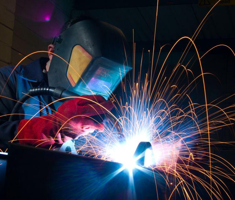 arc-welding-close-up